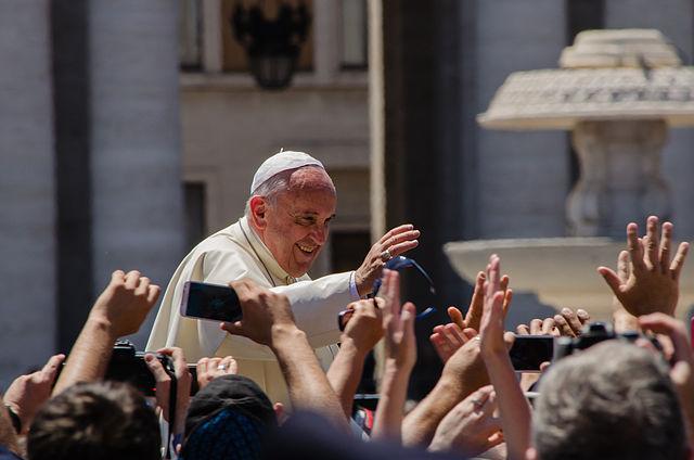 Paavi Fransiscus. Kuva: Wikimedia Commons. CC BY-SA 4.0.
