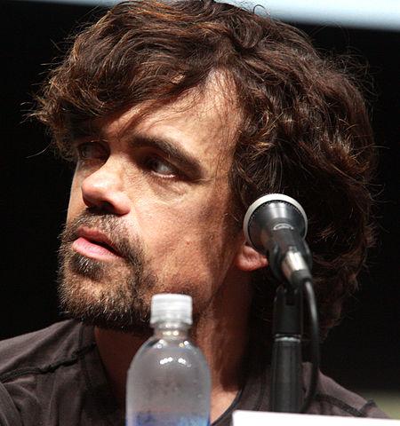 Peter Dinklagen esittämä Tyrion-hahmo Game of Thrones-sarjassa ei ole aina kokenut elämäänsä merkitykselliseksi. Kuva: Gage Skidmore. Wikimedia Commons.